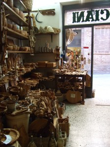 Olive wood shop, San Gimingnano